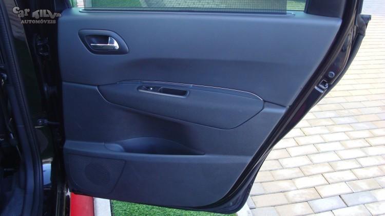 Peugeot 5008 1.6 HDi SPORT